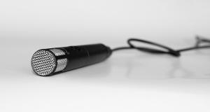 Mikrofon (c) Cornelia Menichelli  / pixelio.de